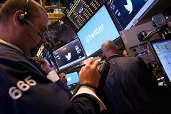 Twitter's huge rally draws its share of skeptics