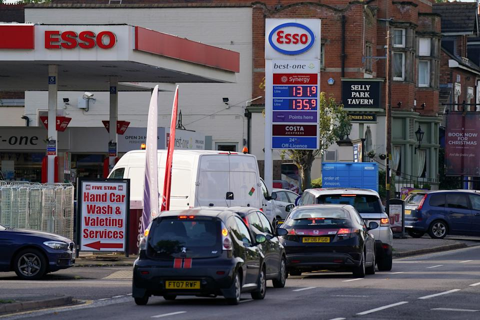 Drivers queue for fuel at an Esso petrol station in Birmingham. Picture date: Tuesday September 28, 2021.