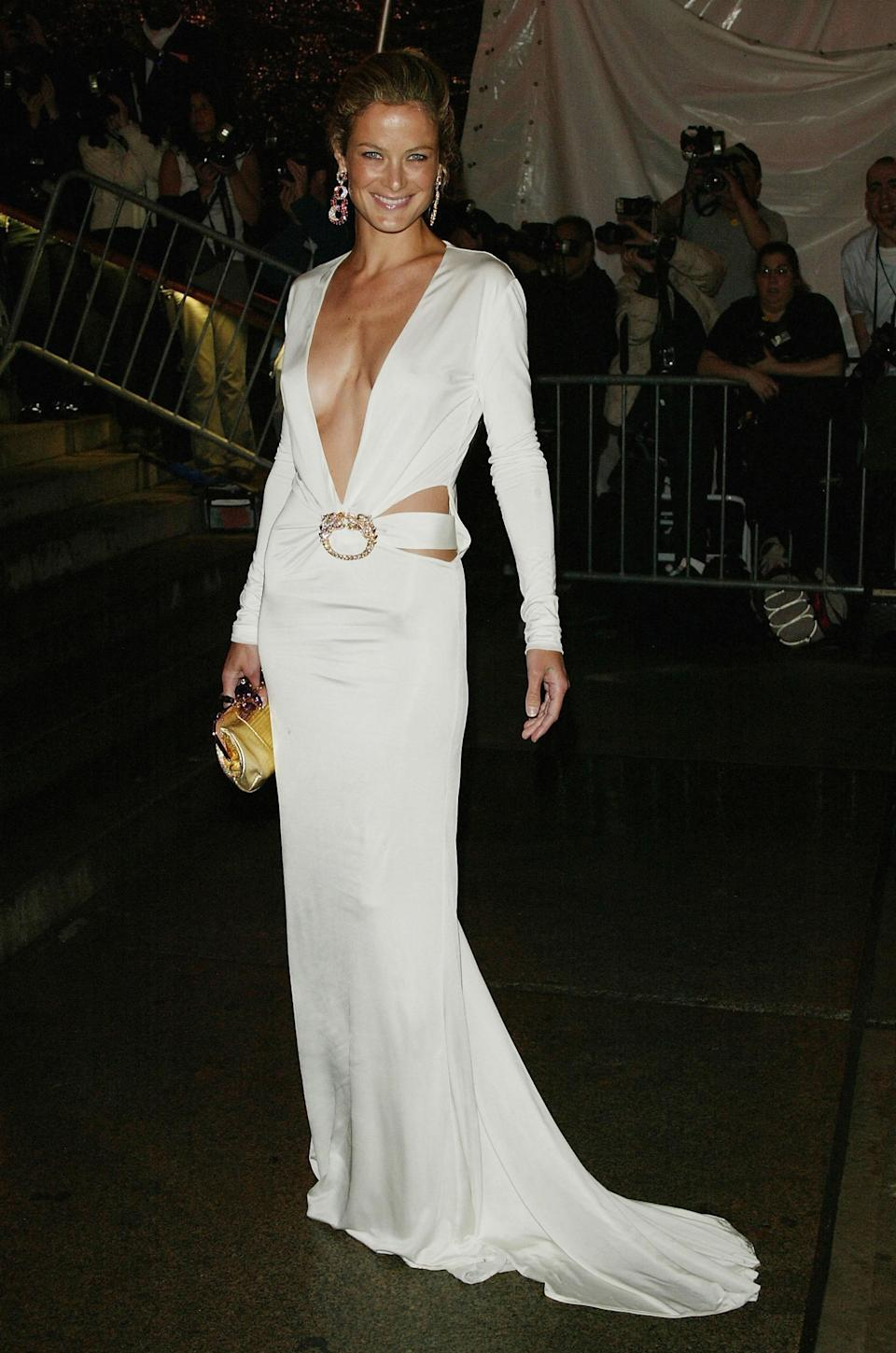 Carolyn Murphy in Tom Ford for Gucci