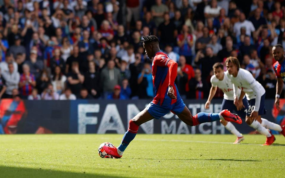 Crystal Palace's Wilfried Zaha scores their first goal from the penalty spot - Action Images via Reuters/John Sibley