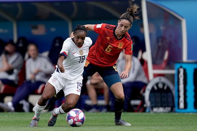 (L-R) Crystal Dunn of USA Women, Vicky Losada of Spain Women during the World Cup Women match between Spain v USA at the Stade Auguste-Delaune on June 24, 2019 in Reims France (Photo by Geert van Erven/Soccrates/Getty Images)