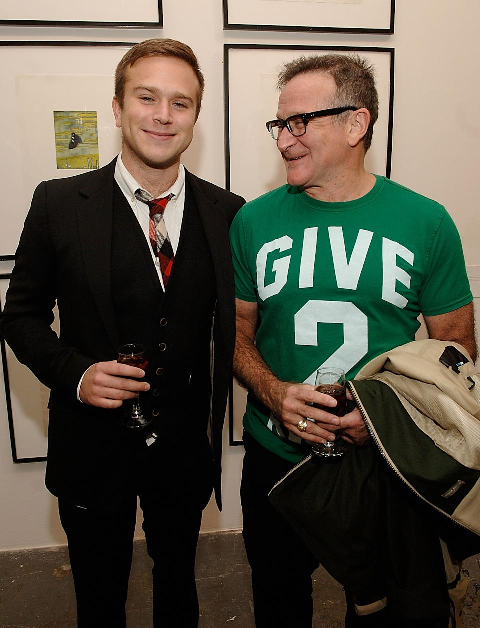 Zak Williams and Robin Williams pictured in 2008. (Photo by Jamie McCarthy/WireImage for Timo Wallets LLC)