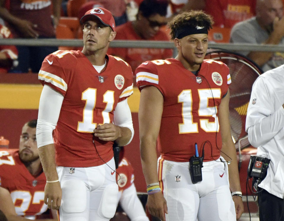 Alex Smith (11) provided strong mentorship for Patrick Mahomes in 2017. (AP)