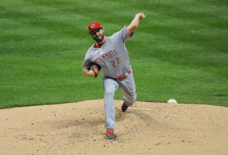 MLB roundup: Reds post DH sweep of Brewers