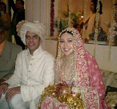 <p>One of the most popuar 90s actress took tied the knot in a head to toe Punjabi lehenga choli embellished throughout with heavy embroidery. In tru Punjabi fashion she wore never-ending Kalirein in her chuda too. </p>