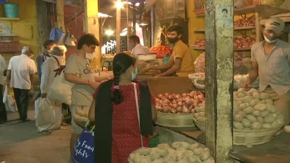 Nashik: People to Pay Rs 5 for Hour-Long Shopping in Markets, Rs 500 Fine for Breaching Deadline Amid COVID-19 Surge