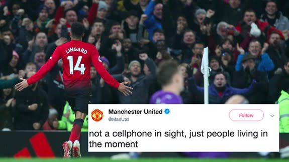 Manchester United S Not A Cellphone In Sight Meme Backfires Spectacularly