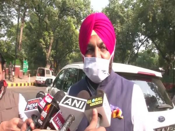 Congress MP Gurjeet Singh Aujla speaks to reporters in New Delhi after meeting Home Minister Amit Shah on Saturday. (Photo/ANI)