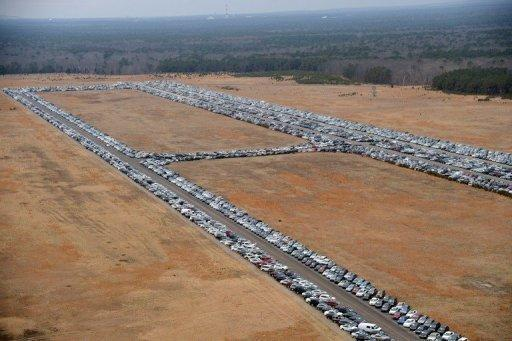 US storm turns airport into vast used-car purgatory