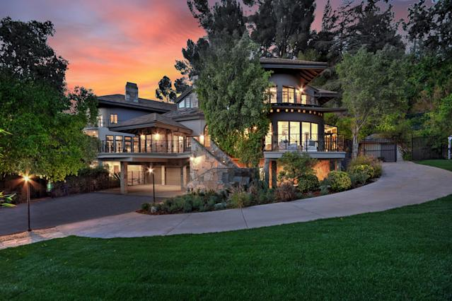 Tom Petty's former home is in Encino, Calif. (Photo: MLS)