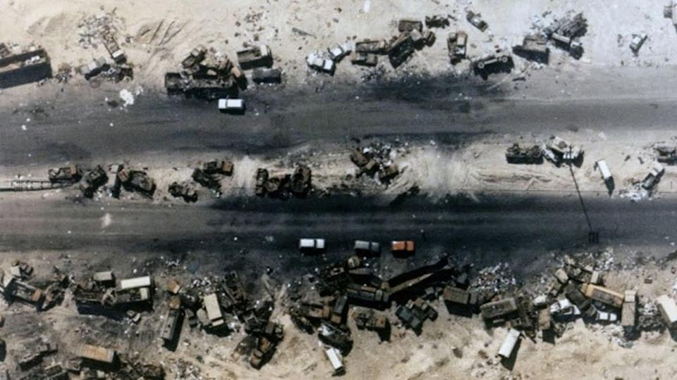 Highway 80, a estrada da morte que interliga o Kuwait e o Iraque (Imagem: YouTube)