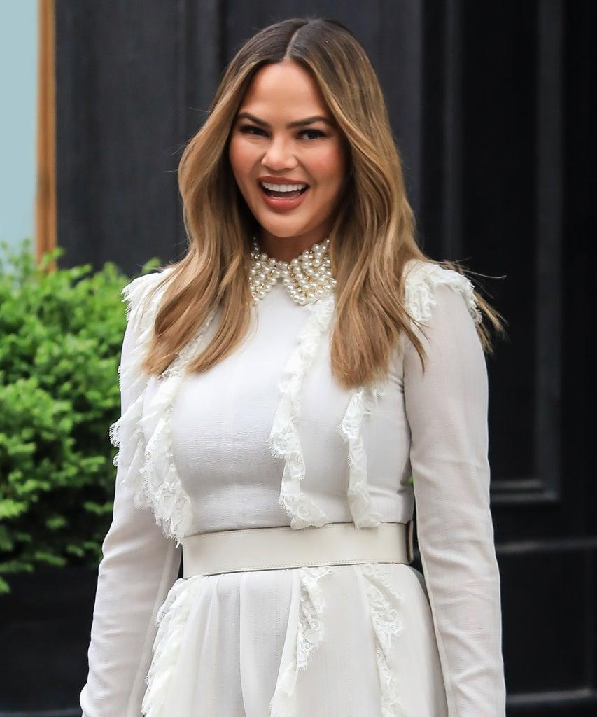 NEW YORK, NEW YORK – MAY 02: Chrissy Teigen is seen at 'Today' Show on May 02, 2019 in New York City. (Photo by Say Cheese!/GC Images)