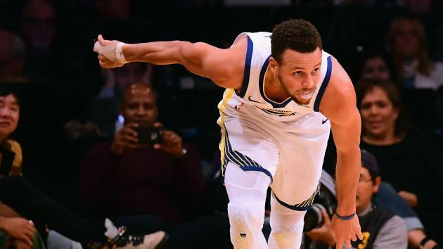 <p>Curry electrifies in Warriors return, Jazz spoil LeBron's birthday</p>
