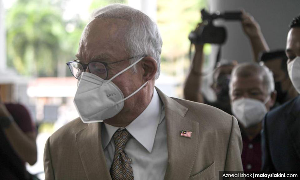 Court of Appeal upholds tax ruling against Najib, son