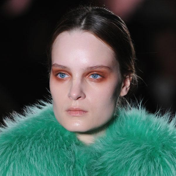 <b>Roksanda Ilincic </b><br><br>Models showcased red eyeshadow at the show.<br><br>Image © Getty