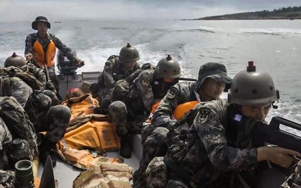 Chinese 'shock' troops storm beach near Taiwan in training exercise - Handout