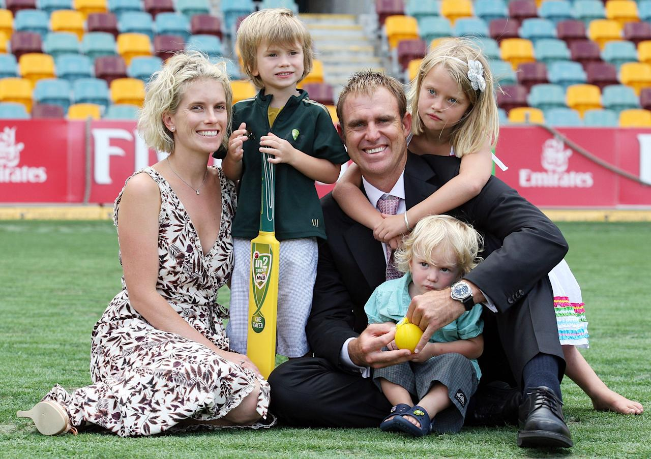 BRISBANE, AUSTRALIA - JANUARY 13:  Matthew Hayden poses with his wife Kelly, sons Joshua and Thomas and daughter Grace after announcing his retirement from international cricket at the Gabba on January 13, 2009 in Brisbane, Australia.  (Photo by Bradley Kanaris/Getty Images)
