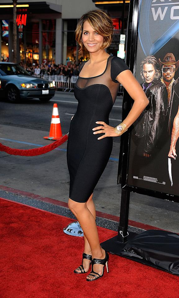 "<a href=""http://movies.yahoo.com/movie/contributor/1800019906"">Halle Berry</a> at the Los Angeles premiere of <a href=""http://movies.yahoo.com/movie/1808665084/info"">X-Men Origins: Wolverine</a> - 04/28/2009"