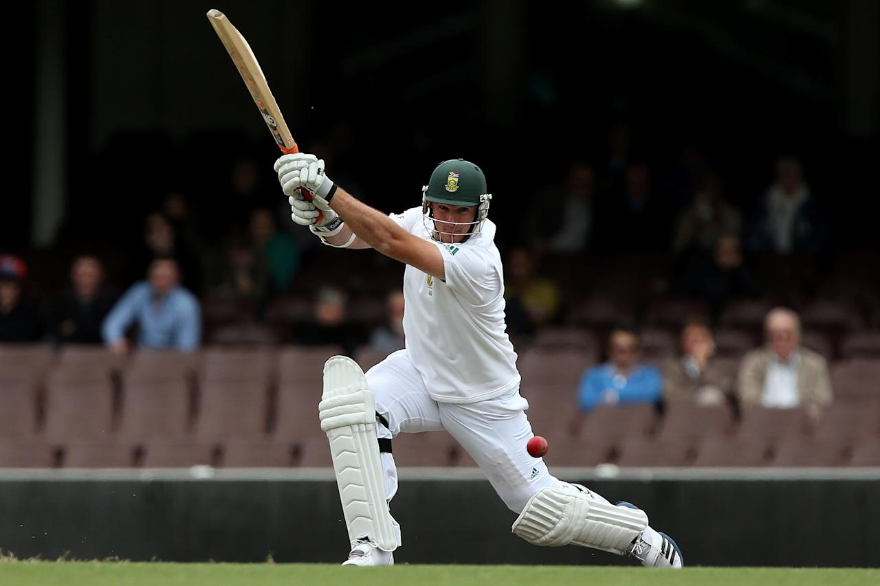 SYDNEY, AUSTRALIA - NOVEMBER 03:  Graeme Smith of South Africa bats during day two of the International TOur Match between Australia A and South Africa at Sydney Cricket Ground on November 3, 2012 in Sydney, Australia.  (Photo by Chris Hyde/Getty Images)