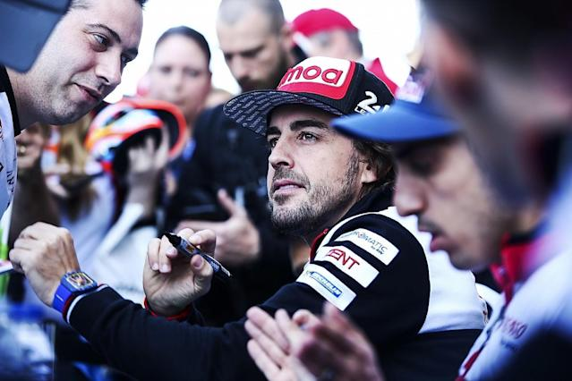 Fernando Alonso believes extra access to the paddock enjoyed by fans attending World Endurance Championship races would not work in Formula 1