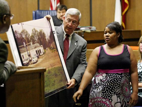 State prosecutor Doug Evans, centre, at Curtis Flowers' 2010 trial (Taylor Kuykendall / The Commonwealth via AP)