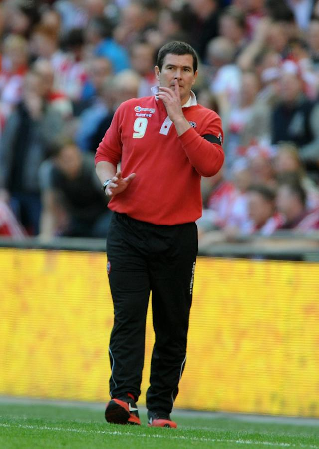 Sheffield United's Nigel Clough during their English FA Cup semifinal soccer match between Hull City and Sheffield United at Wembley Stadium, London, England, Sunday, April 13, 2014. (AP Photo/Rui Vieira)