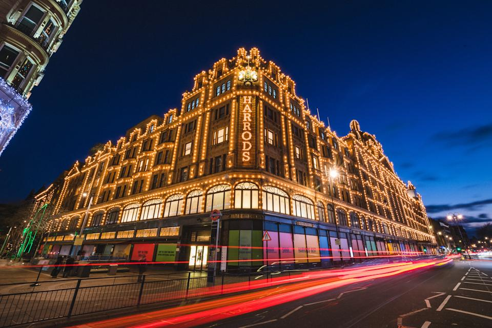 LONDON, ENGLAND - DECEMBER 24:  Harrods is seen decorated with Christmas lights on December 24, 2020 in London, England. Many Christmas events have been cancelled this year due to the Coronavirus Pandemic but London is festooned with Christmas Lights across the capital.  (Photo by Joseph Okpako/Getty Images)