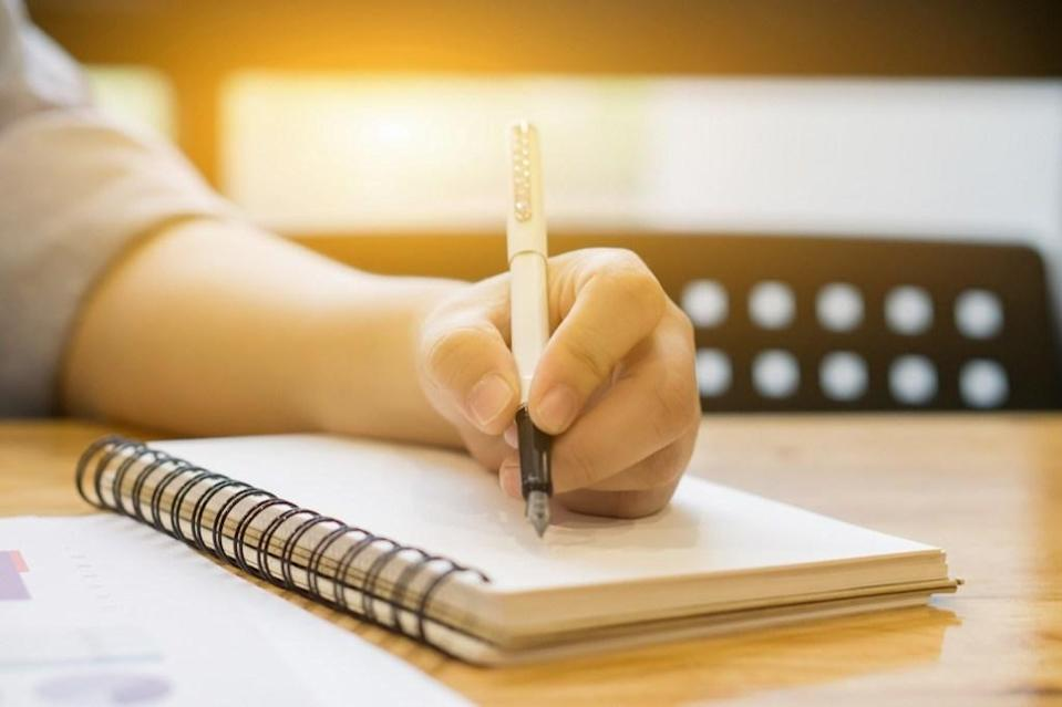 """It's not always easy being a left-handed person in a right-handed world. In fact, it can be downright dangerous. According to <i>The Mirror</i>, more than 2,500 <a href=""""https://www.mirror.co.uk/news/weird-news/scientists-calculate-odd-ways-die-282884"""" rel=""""nofollow noopener"""" target=""""_blank"""" data-ylk=""""slk:people who are left-handed die every year"""" class=""""link rapid-noclick-resp"""">people who are left-handed die every year</a> due to an injury caused by using equipment designed for people who are right-handed. Apparently, """"the right-handed power saw is the most deadly item."""" And to set yourself straight, discover <a href=""""https://bestlifeonline.com/common-myths/?utm_source=yahoo-news&utm_medium=feed&utm_campaign=yahoo-feed"""" rel=""""nofollow noopener"""" target=""""_blank"""" data-ylk=""""slk:50 Well-Known &quot;Facts&quot; That Are Actually Just Common Myths"""" class=""""link rapid-noclick-resp"""">50 Well-Known """"Facts"""" That Are Actually Just Common Myths</a>."""