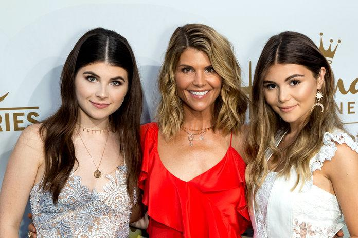Prosecutors Reveal Lori Loughlin Daughters' Rowing Pics in College Admissions Case
