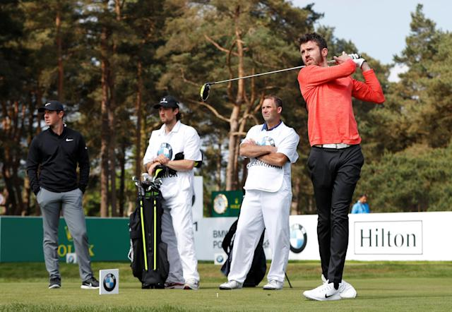 Golf - European Tour - BMW PGA Championship - Wentworth Club, Virginia Water, Britain - May 23, 2018 Former footballer Michael Carrick and Northern Ireland's Rory McIlroy during the pro-am Action Images via Reuters/Paul Childs