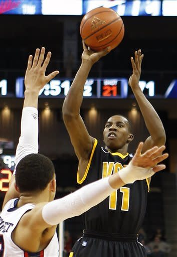 No. 22 VCU rolls past Duquesne 90-63