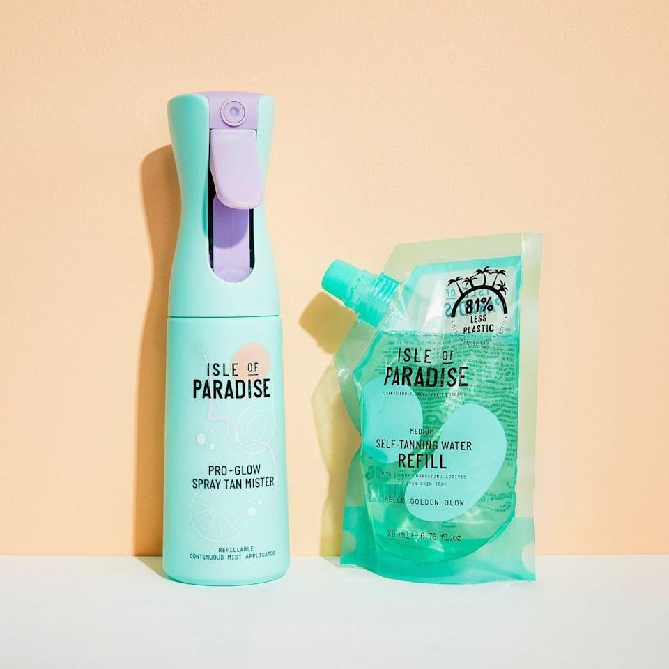 <p>If they're always searching for a golden glow, they will be so excited about this <span>Isle of Paradise Pro Glow Spray Tan Kit</span> ($28). Not only is it an effective product, it comes in the cutest packaging, that's so fun to apply.</p>