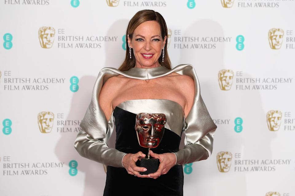 Allison Janney poses with her award.