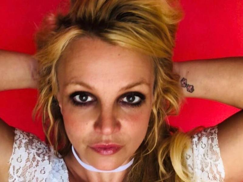 Britney Spears wants to remove dice tattoo from her wrist