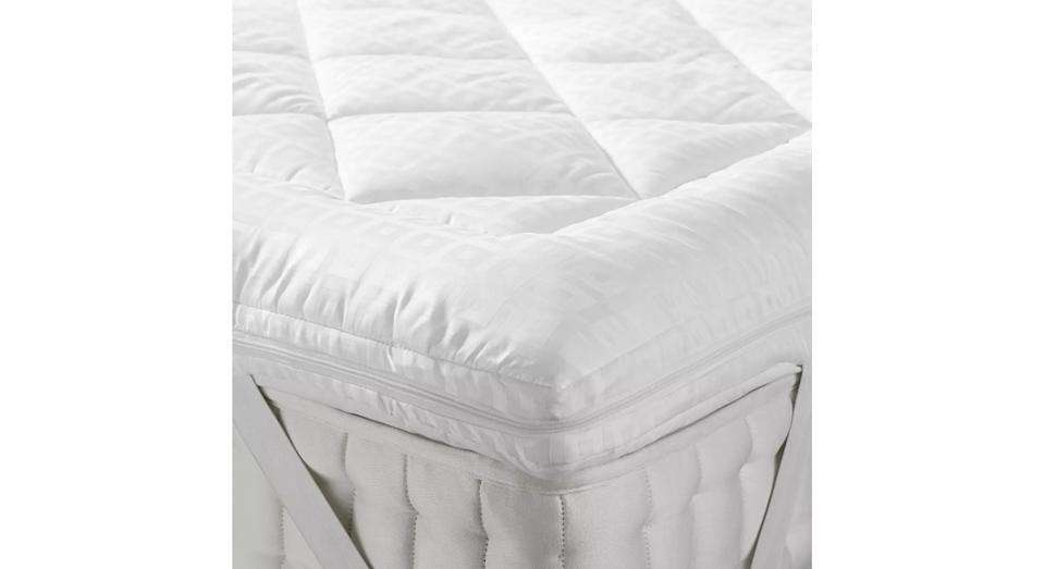 Synthetic Soft Touch Washable Dual Layer 6cm Deep Mattress Topper