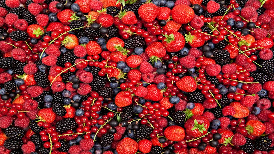 berries superfoods for weight loss