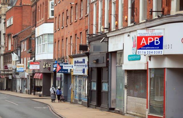 Many shops remain closed on the High Street