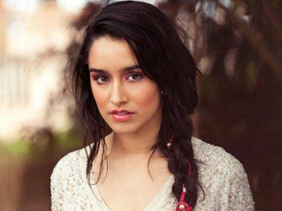 """Shraddha Kapoor for item song in """"Ungli"""""""