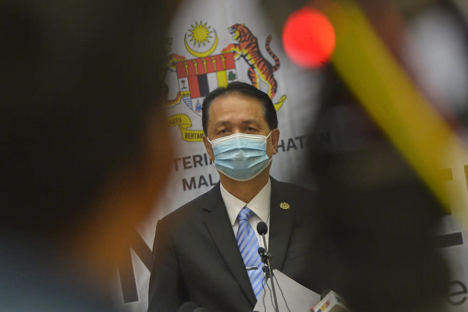 Health director-general Tan Sri Dr Noor Hisham Abdullah disclosed that of the cases today, 589 were from Sarawak and the most in the country.  — Picture by Miera Zulyana