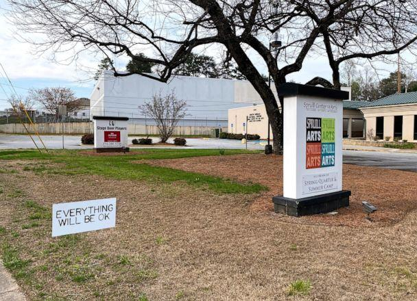 PHOTO: 'Everything Will Be OK' signs pop up to spread cheer around a Georgia town. (Spruill Center for the Arts)
