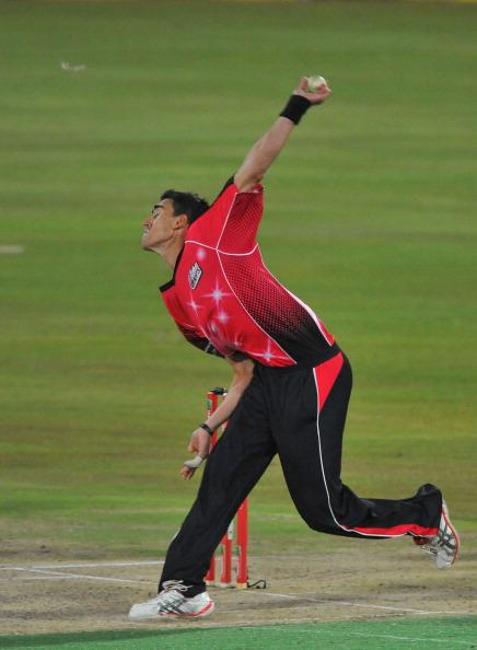PRETORIA, SOUTH AFRICA - OCTOBER 26: (SOUTH AFRICA OUT) Mitchell Starc of the Sixers bowls during the Karbonn Smart CLT20 Semi Final match between Nashua Titans and Sydney Sixers at SuperSport Park on October 26, 2012 in Pretoria, South Africa. (Photo by Duif du Toit/Gallo Images/Getty Images)