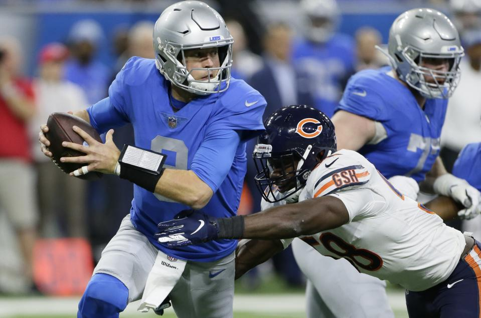 Chicago Bears inside linebacker Roquan Smith sacks Detroit Lions quarterback Matthew Stafford (9) during the first half of an NFL football game, Thursday, Nov. 22, 2018, in Detroit. (AP Photo/Duane Burleson)