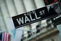 Dueling degrees: Weighing what's best for Wall St.
