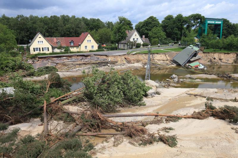 Germany to draw up $10.6-billion flood damage fund