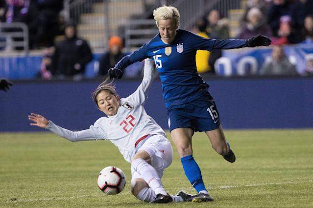 "<a class=""link rapid-noclick-resp"" href=""/olympics/rio-2016/a/1124356/"" data-ylk=""slk:Megan Rapinoe"">Megan Rapinoe</a> (15) battles Japanese defender Risa Shimizu for possession during both teams' SheBelieves Cup opener at Talen Energy Stadium. (USA TODAY Sports)"