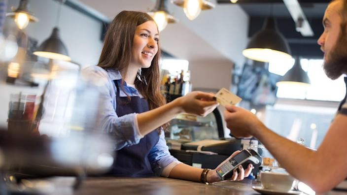coffee shop credit card payment.