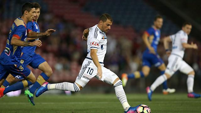 Melbourne Victory's poor run of form continued as they were held to a scoreless draw by Newcastle Jets.
