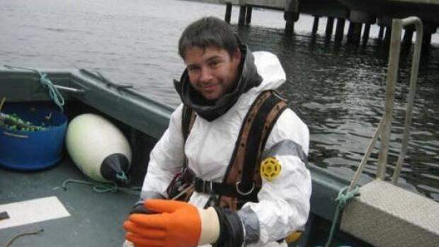 Commercial diver Luke Seabrook, 39, was sucked into an underwater opening at the Nova Scotia Power Tidal Plant in Annapolis Royal, N.S., and died on scene. (Seabrook family - image credit)