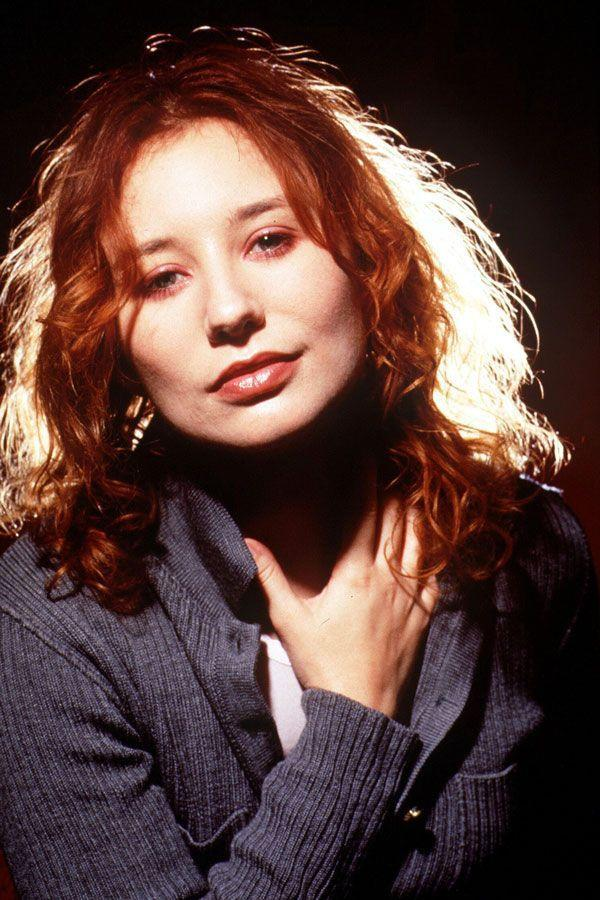 The Female Singers From The '90s We LOVE