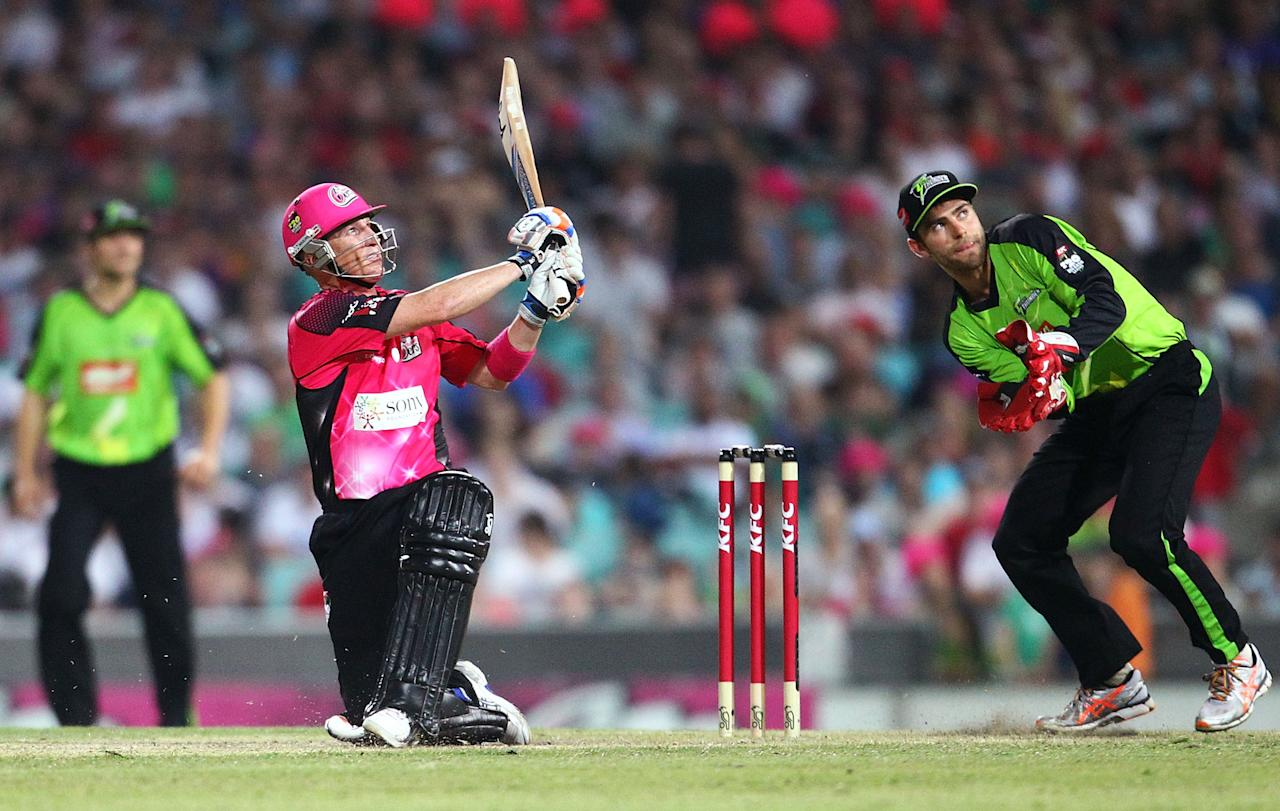SYDNEY, AUSTRALIA - DECEMBER 08:  Brad Haddin of the Sixers bats during the Big Bash League match between the Sydney Sixers and the Sydney Thunder at Sydney Cricket Ground on December 8, 2012 in Sydney, Australia.  (Photo by Mark Nolan/Getty Images)